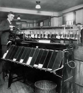 1922_Punch_Card_Sorting_Machine_Census_Office_Wash_DC_x